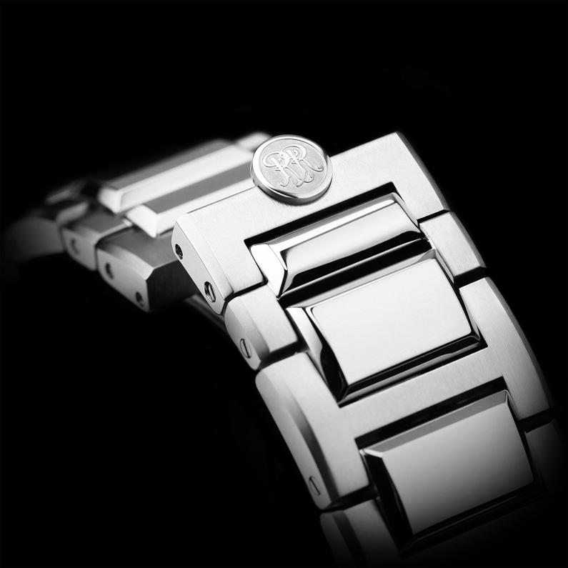 NM2128C-1C_bracelet.jpg